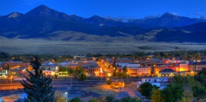 LivingstonAtNight-575x287